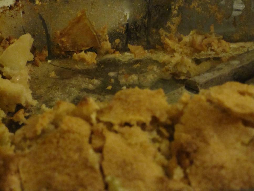 mixed apple cake