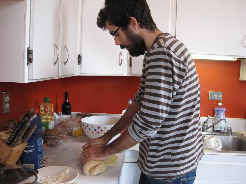 making of... sufganiyot
