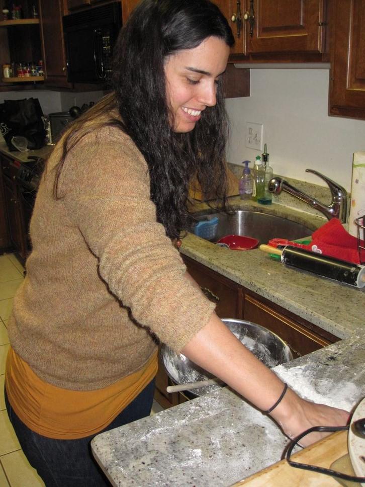 making Chrsitmas sugar cookies